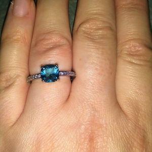 Jewelry - SOLD!!!NWT! Stunning 925 Blue Topaz & Diamond Ring
